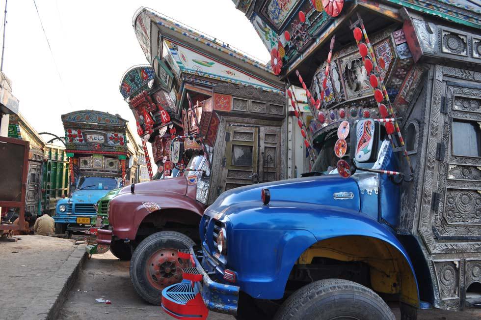 Pakistan's Most Dangerous Roads By Toyota Truck