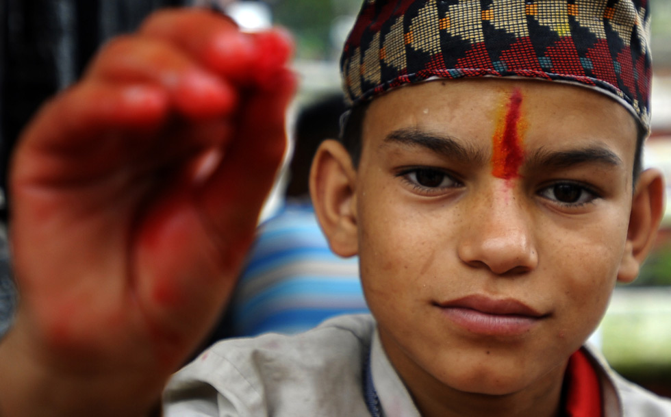 Mehndi Ceremony Caption : Photos henna color and ceremony mark summer shravan