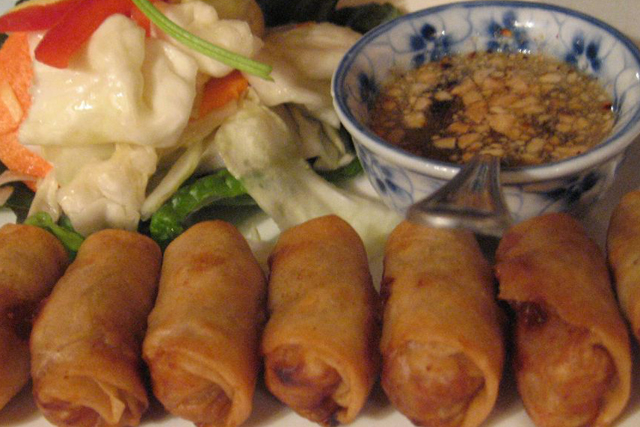 Cambodian-Style Spring Rolls (Photo by pengrin/flickr )