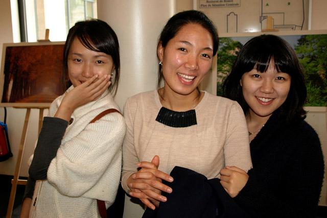 Dating korean men in Sydney
