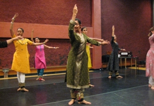 The Chitresh Das Dance Company performs kathak in San Francisco on Sept. 15, 2008.