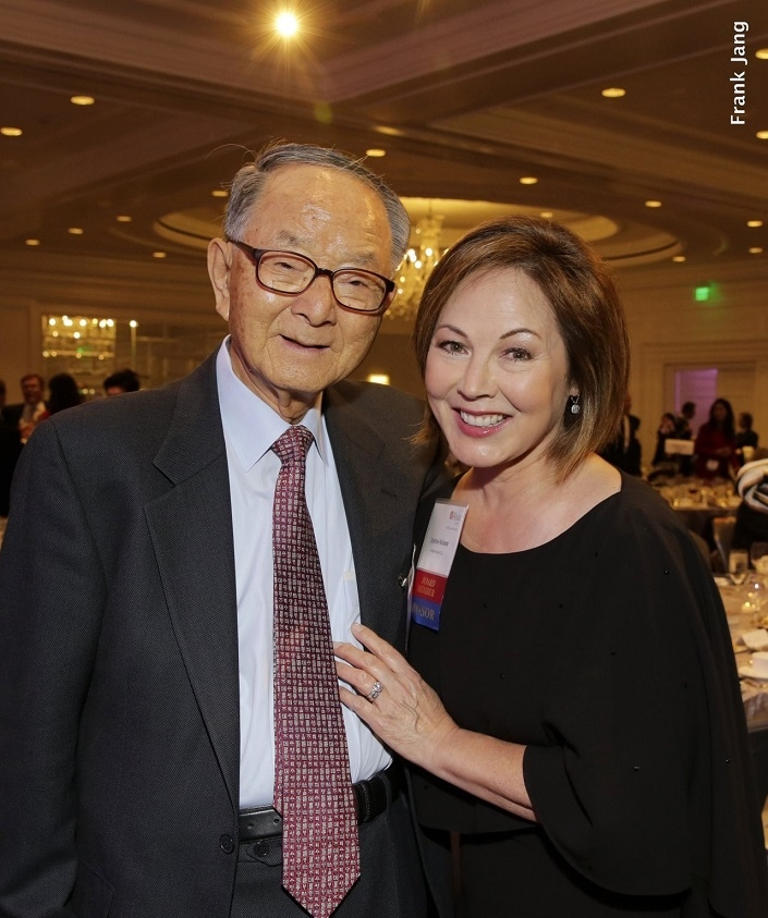 Chong-Moon Lee, Chairman Emeritus, ASNC stands with Sydnie Kohara, who served as the Master of Ceremonies (Frank Jang Asia Society)