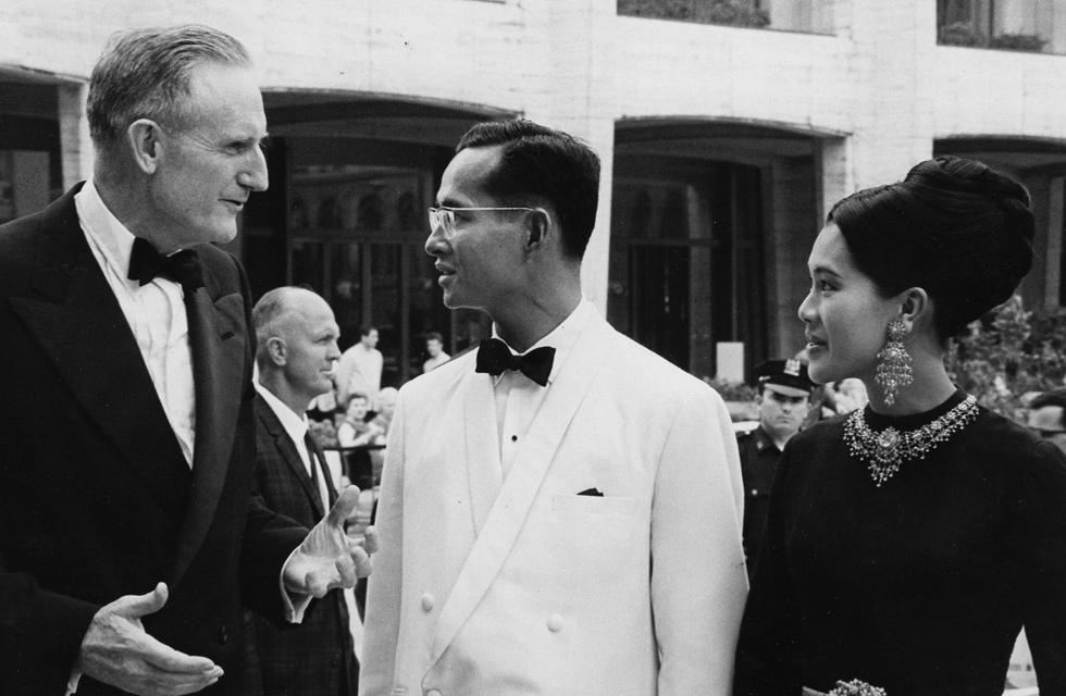 John D. Rockefeller 3rd talks with King Bhumibol Adulyadej and Queen Sirikit on the steps of the Metropolitan Opera House at Lincoln Center on June 13, 1967. (Rockefeller Archives)