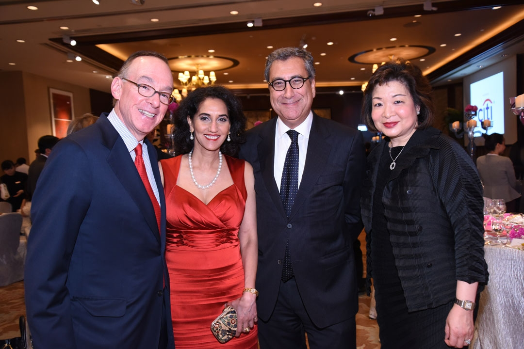 Donna Leong, Managing Director and Head of Marketing & Sales, Asia, of Citi Private Bank (right) and guests at the 2015 gala.