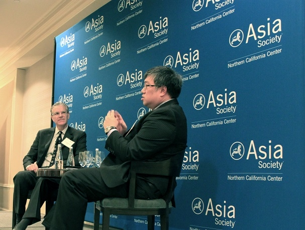 (L to R) Chris Cooper and Tim Wong (Asia Society)