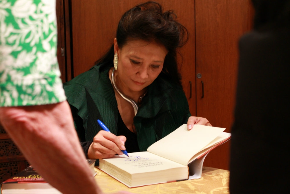 Chang signing books after her talk (Asia Society)
