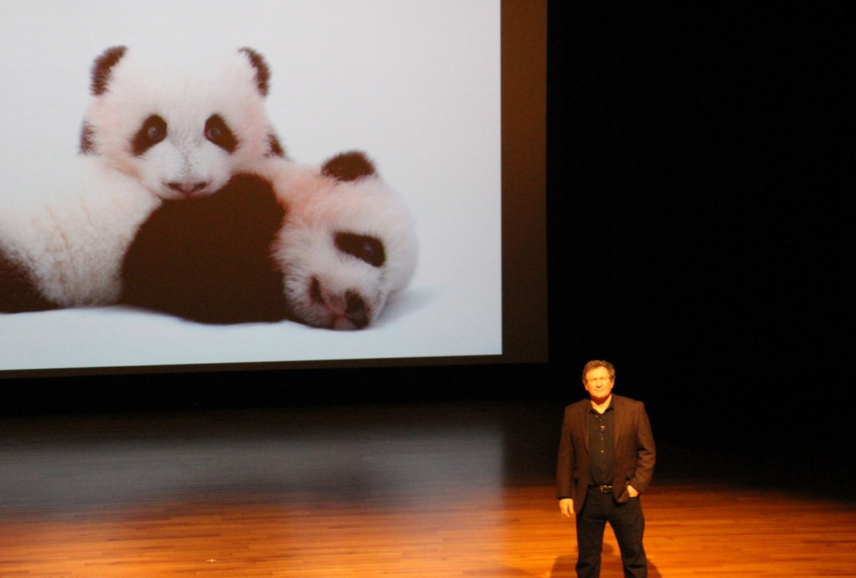 February 7 - Photographer Joel Sartore offered a glimpse into his travels around Asia and the world to document endangered animal species. (Asia Society Texas Center)