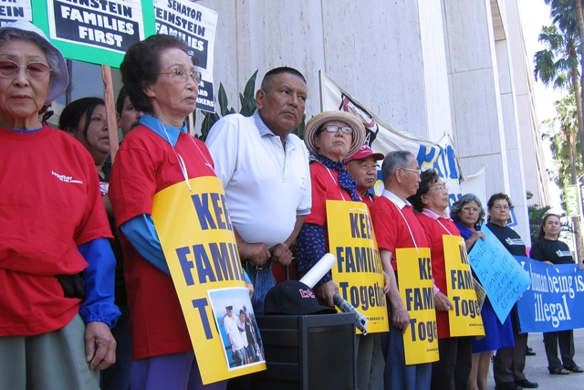 An immigration rally (Korea Resource Center/flickr)