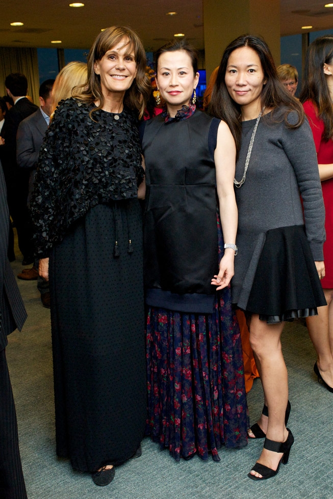 L to R: Julie Gilhart, Miki Higasa, and Kikka Hanazawa, the Fashion Girls for Humanity. (Ann Billingsley/Asia Society)