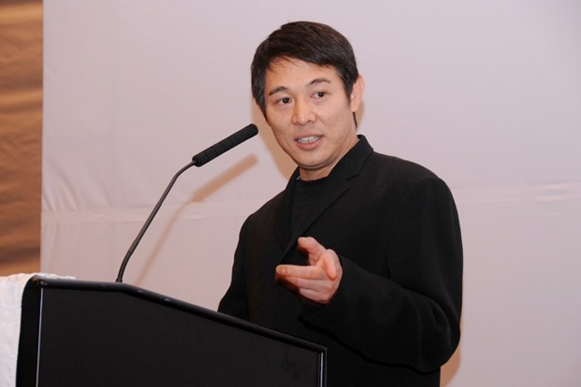 Actor Jet Li delivers a special luncheon address describing his experiences as a philanthropist in China. (Asia Society)