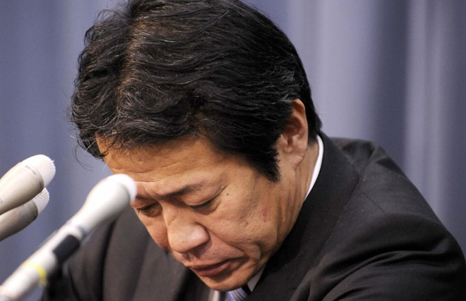 Japanese Finance Minister Shoichi Nakagawa pauses at a press conference as he announces his resignation at his office in Tokyo on February 17, 2009. (Yoshikazu Tsuno/AFP/Getty Images)