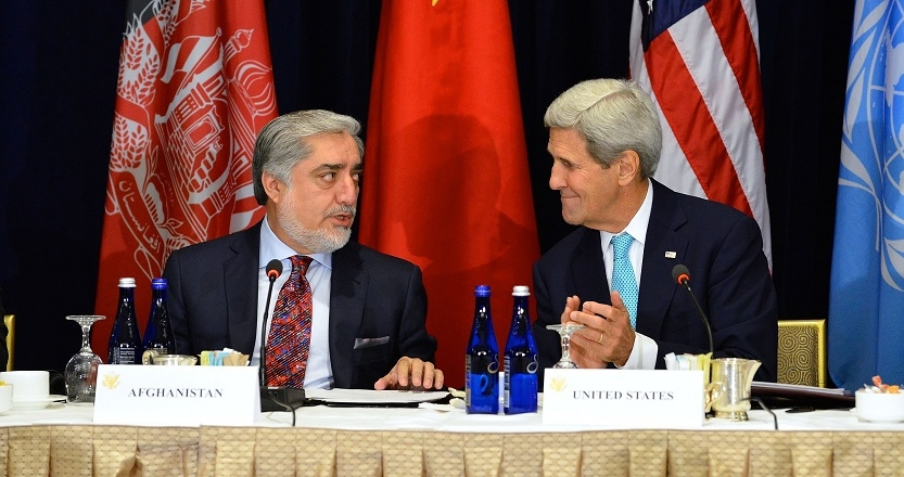 U.S. Secretary of State John Kerry applauds after Afghan Chief Executive Abdullah Abdullah delivered remarks at the high-level event on Afghanistan in New York City in 2015 (U.S. State Department/Wikimedia Commons).
