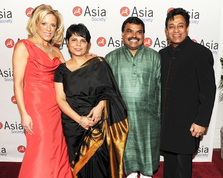 L to R: Benefit Chair Stephanie Foster, chef Surbhi Sahni, chef Hemant Mathur, and Asia Society Events and Visitor Services Director Hesh Sarmalkar. (Billy Farrell)