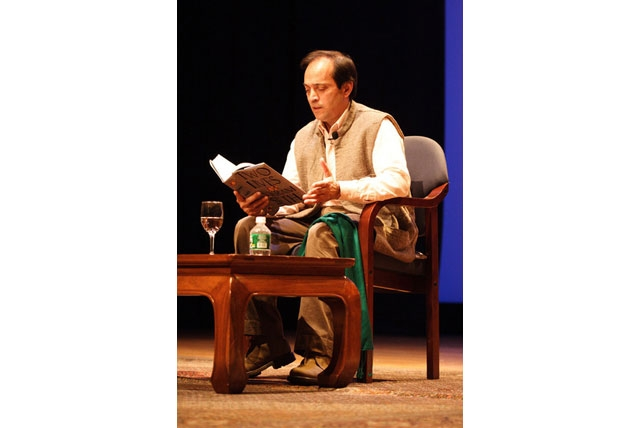 Vikram Seth reads from Two Lives at an the Asia Society on Nov. 16, 2005. (Preston Merchant/Asia Society)
