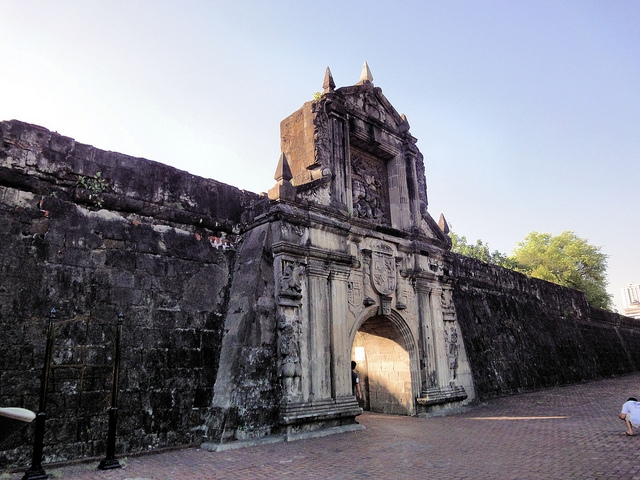 2. Fort Santiago and Intramuros, Philippines — Historic fortresses of the Philippines, built by Spanish conquistadors hundreds of years ago. Under threat because of insufficient management and development pressures. (Thom Watson/Flickr)