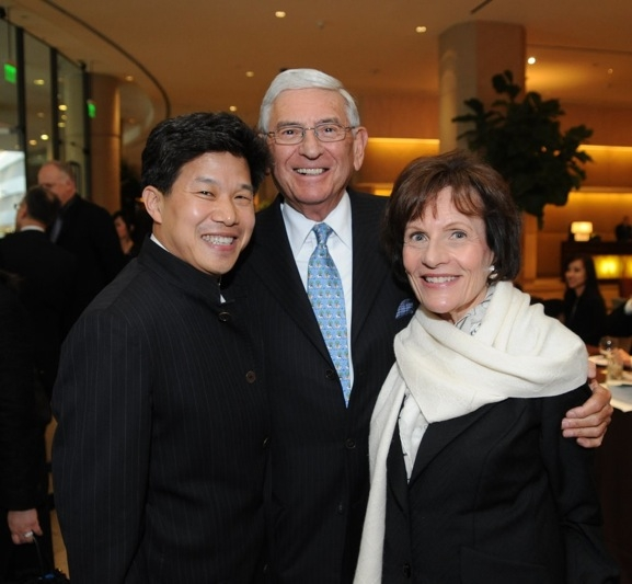 L to R: Asia Society Southern California Chairman Donald Tang with Eli and Edye Broad. (Dan Avila Photography)