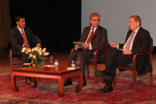 L to R: USAID's Dr. Rajiv Shah, Pakistan Foreign Minister Shah Mehmood Qureshi, and Ambassador Richard C. Holbrooke. (Else Ruiz/Asia Society)
