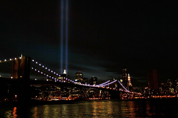 The 'Tribute in Light' in downtown Manhattan is seen from the Brooklyn waterfront near the Brooklyn Bridge on September 11, 2010 in the Brooklyn borough of New York City. (Chris Hondros/Getty Images)