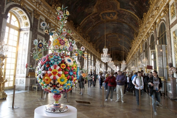 Flower Matango, a sculpture by Japanese artist Takashi Murakami, on view as part of Murakami's exhibition at the Palace of Versailles, outside Paris. (Pierre Verdy/AFP/Getty Images)