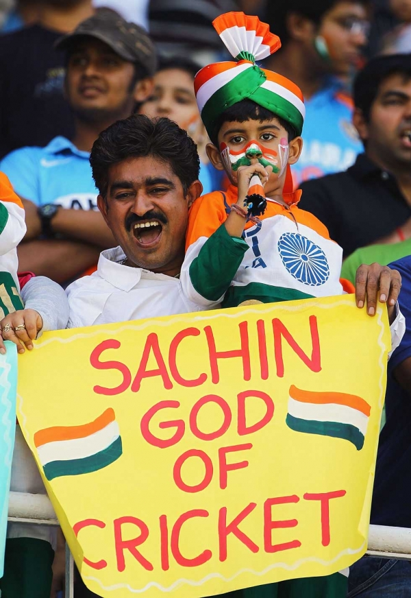A young fan shows his support during the 2011 ICC World Cup Quarter Final match between Australia and India at Sardar Patel Stadium on March 24, 2011 in Ahmedabad. (Matthew Lewis/Getty Images)
