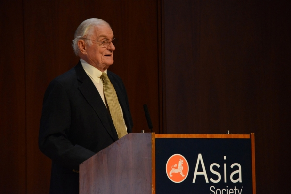 Ambassador Nicholas Platt, Asia Society President Emeritus, delivers welcoming remarks at Asia Society New York on June 20, 2013. (Kenji Takigami/Asia Society)