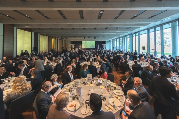 Welcome business lunch for Prime Minister Abe at the Gandel Hall, National Gallery of Australia, Canberra. (Irene Dowdy)