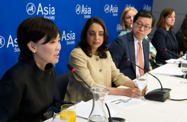 L to R: Akie Abe, Sheena Iyengar, Young Joon Kim, Josette Sheeran, and Terri McCullough at Asia Society New York on Sept. 26, 2014. (Elena Olivo/Asia Society)