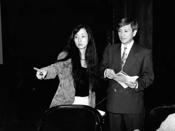Music From Japan Executive Director Mari Ono (L) with Founder and Artistic Director Naoyuki Miura (R) in 1993. (Ken Howard)