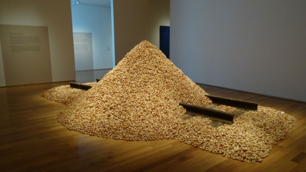 Installation of Hung Liu's Jiu Jin Shan (Old Gold Mountain) at Asia Society Texas Center, courtesy of the artist