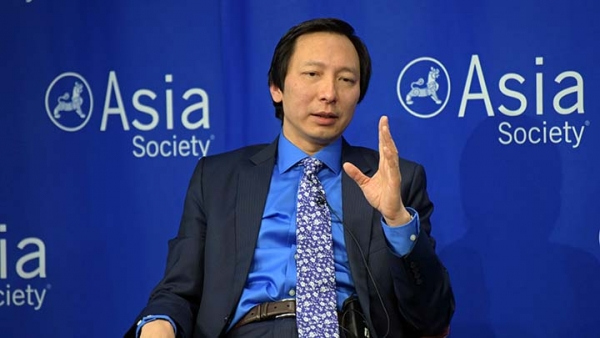Asian Development Bank Chief Economist Shang-Jin Wei speaks at Asia Society in New York on April 8, 2016. (Elsa Ruiz/Asia Society)