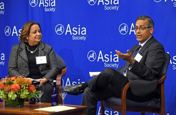 Mini Roy, managing director of emerging markets at Standard Chartered Bank, in discussion with Rishi Chugh during a special conversation on the outlook of India as an investment destination on February 7, 2016 at Asia Society New York. (Elsa Ruiz/Asia Society)