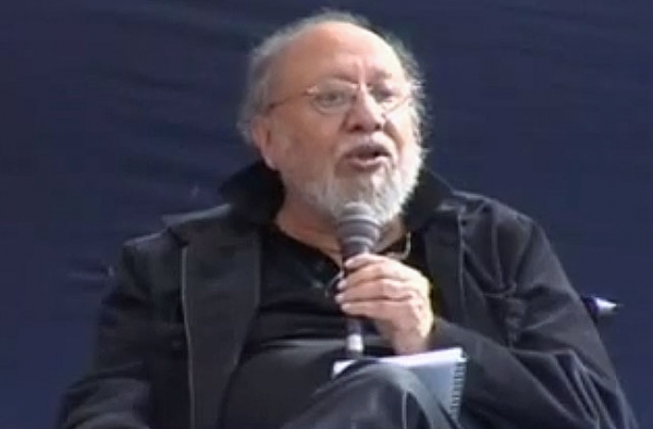 Indian public intellectual Ashis Nandy speaking at the DSC Jaipur Literature Festival on January 26, 2013. (DSC Jaipur Literature Festival)