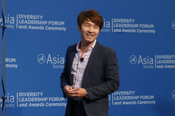 Pirq CEO and former Apprentice contestant James Sun speaks at the 2015 Diversity Leadership Forum. (Ellen Wallop/Asia Society)