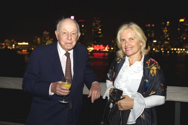 Henry Arnhold, left, and Helen During. (Ann Billingsley/Asia Society)