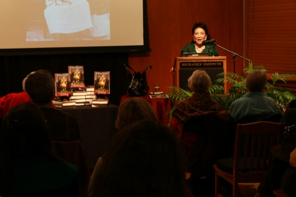 Author Jung Chang taking questions from the audience (Asia Society)