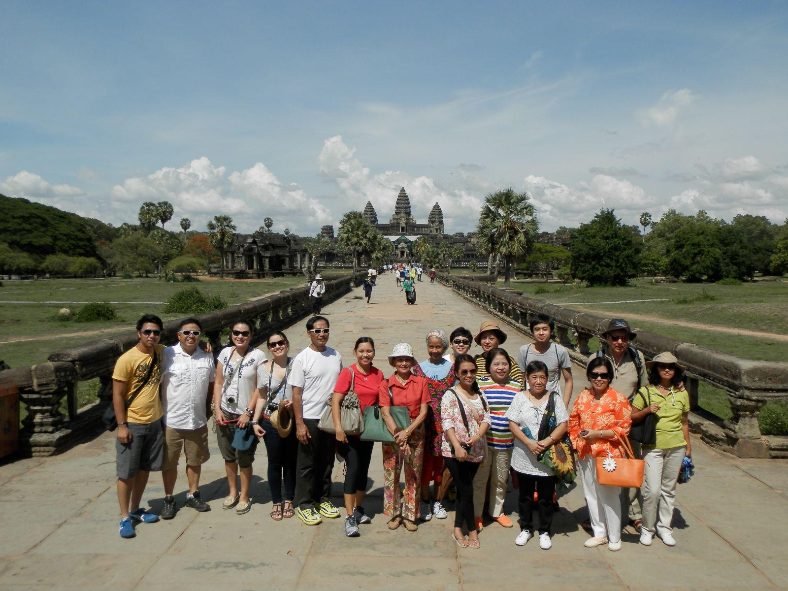 Asian philippine tour travel