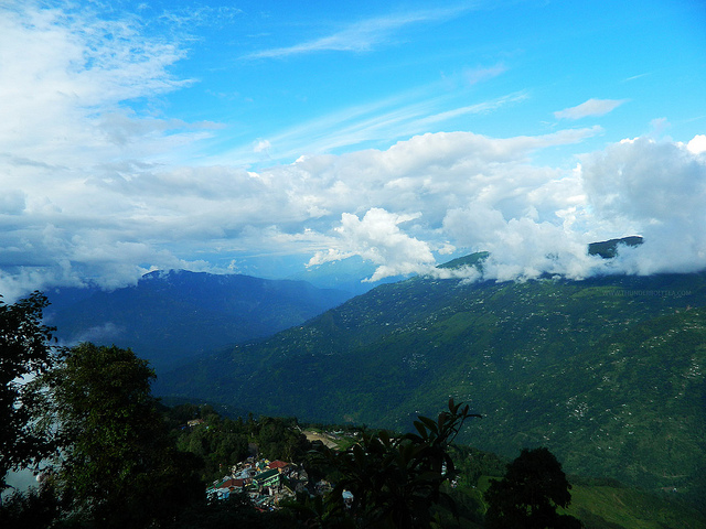 A majestic view of the Himalayas from the hills of Darjeeling in northeast India on August 3, 2012. (Thunderbolt Tea/Flickr)