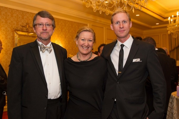 Rocky Mountain Institute (RMI) Board Members Clint Van Zee and Suzanne Farver with RMI staffer Clay Stranger. RMI was a sponsor of the Annual Dinner. (Drew Altizer/Asia Society)