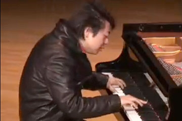 Lang Lang at Asia Society New York headquarters on July 18, 2007.