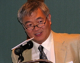 Professor Sun Chaofen addresses the Asia Society in Hong Kong on September 29, 2008. (Asia Society)