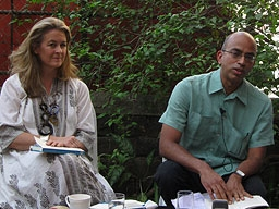 Fiona Caulfield (L) and Rahul Jacob in a panel discussion in the garden next to Good Earth's new store in Colaba. (Asia Society India Centre)