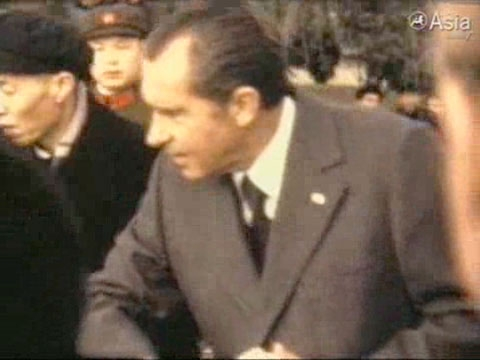 Excerpt: Ambassador Nicholas Platt shares his footage of the American arrival in China in 1972. (5 min., 5 sec.)