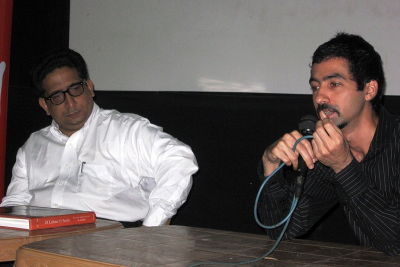 Mustansir Dalvi (L), Professor of Architecture at Sir JJ College, and author and architect Kaiwan Mehta (R), discuss the art and architecture of MA Ahed at Asia Society India Centre on November 30, 2010. (Asia Society India Centre)