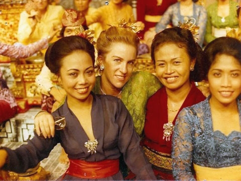 Future Asia Society Director of Cultural Programs and Performing Arts Rachel Cooper (2nd from left) with fellow dancers Dayu Wimba, Ni Ketut Arini and Ni Made in Bali, Indonesia.