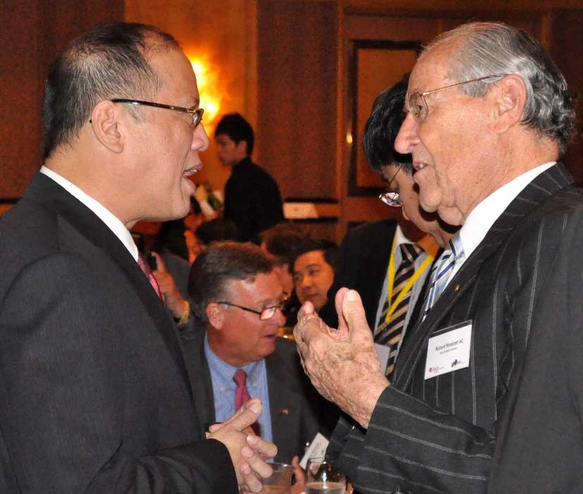 President Aquino (L) with Richard Woolcott AC, Founding Director, Asia Society Australia (R), in Sydney on October 25, 2012. (Ian Lever)