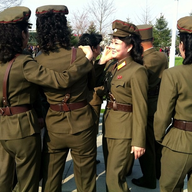 Women of the KPA, or at least dressed in North Korean military uniforms, at the Kumsusan Palace of the Sun in Pyongyang. (newsjean/Instagram)