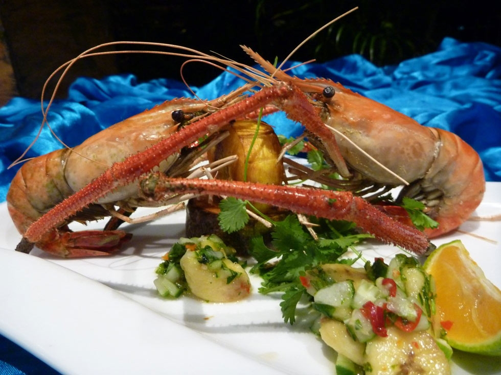 Freshwater prawns at Castaway Island Resort. (lanceseeto.com)