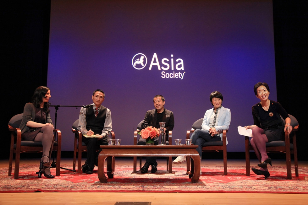 L to R: Journalist Emily Parker, interpreter Vincent Cheng, Jia, Zhao Tao, and Asia Society Film Curator La Frances Hui at Asia Society New York on Sept. 30, 2013. (Shi Ying)