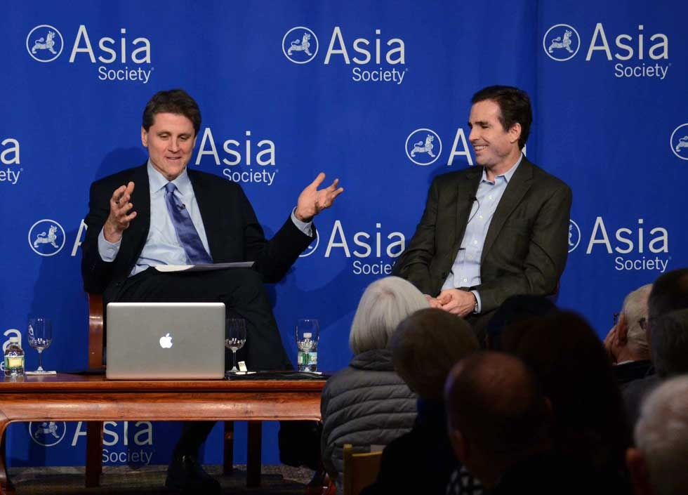 Asia Society Vice President Tom Nagorski (L) with Bob Woodruff on Jan. 22, 2014. (Craig Chesek/Asia Society)