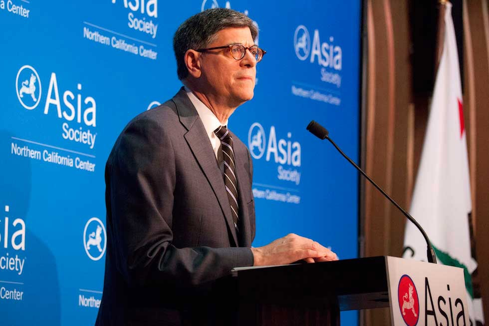 "U.S. Treasury Secretary Jack Lew delivers a speech entitled ""The International Economic Architecture and the Importance of Aiming High"" at Asia Society Northern California in San Francisco on March 31, 2015. (Justin Sullivan/Getty Images)"